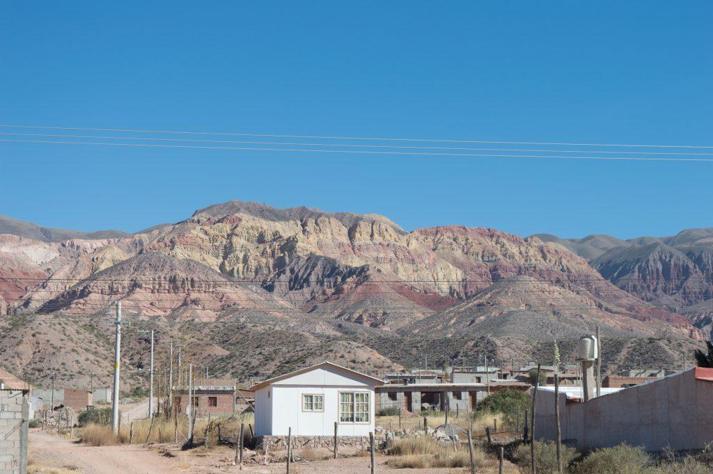 montanhas coloridas na Argentina